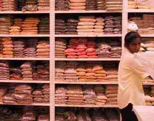 Patel Brothers -supermarketin maustearsenaalia